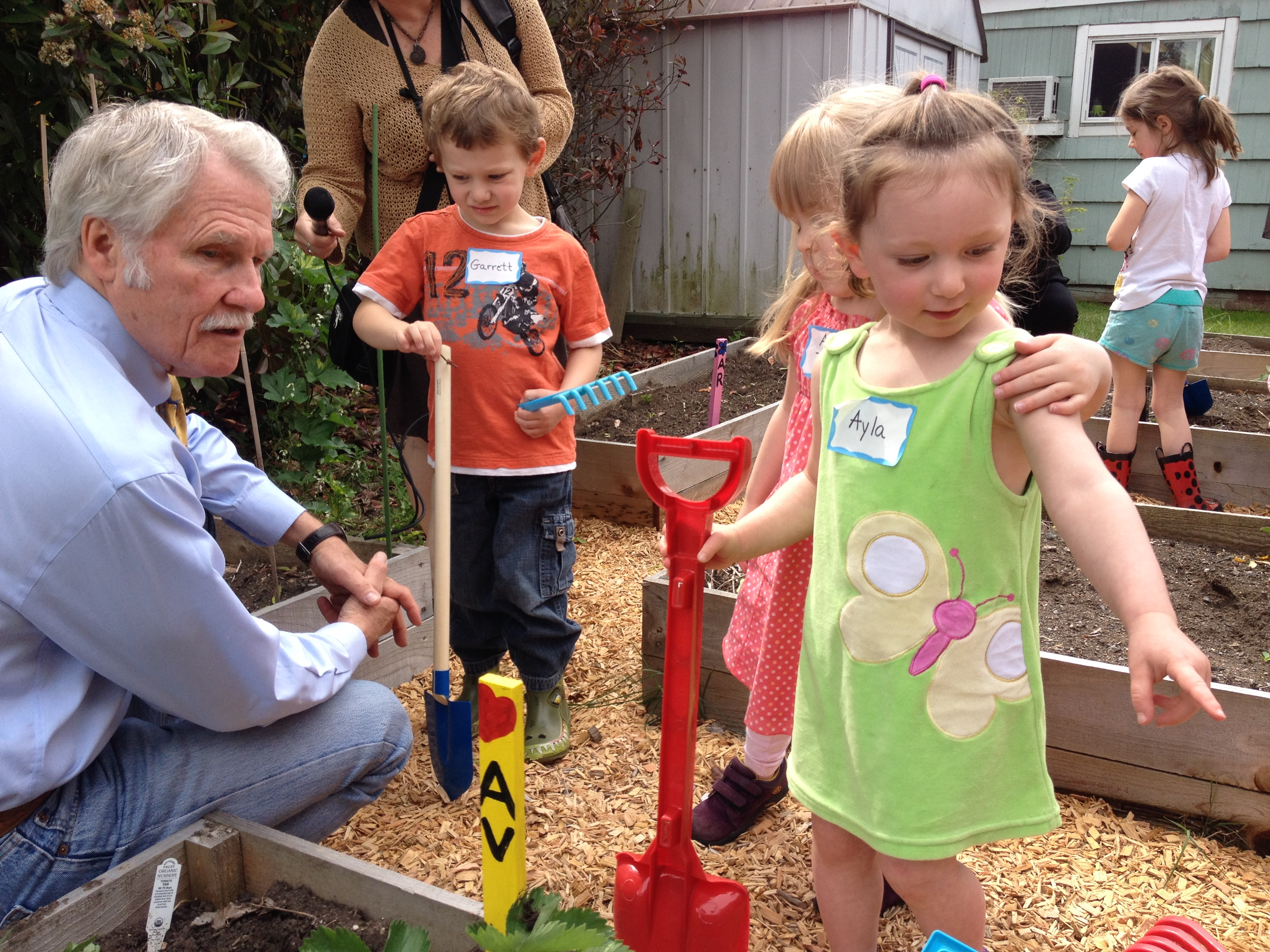 Governor Kitzhaber Visits Quality-Rated Preschool to Highlight Statewide Efforts to Improve Early Learning Programs